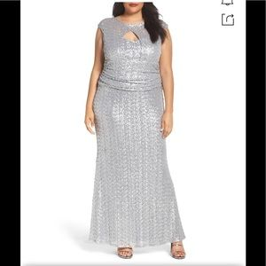MARINA dress Cutout Sequin Lace Gown Silver,NWT